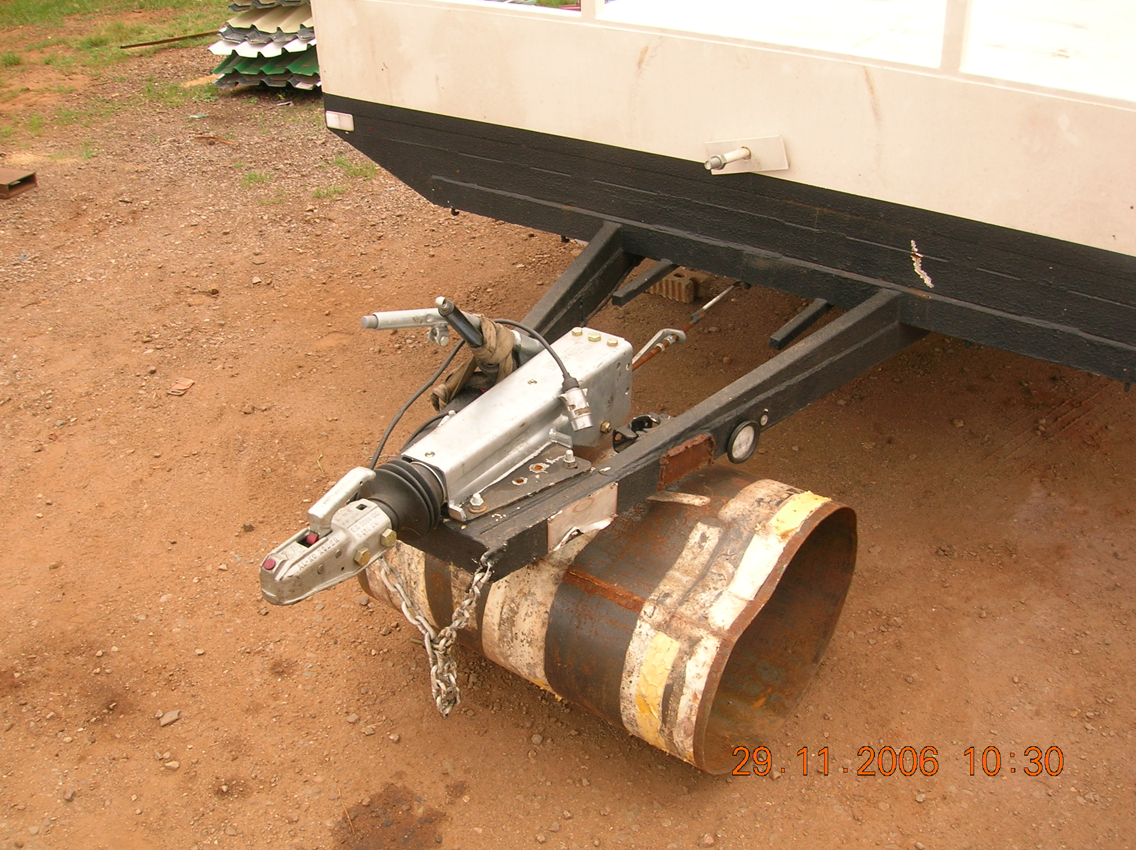 TRAILERS 290